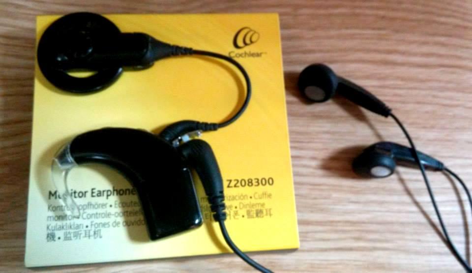 Lý do cần thay màng bảo vệ Microphone 3 – 4 tháng/ lần?