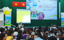 """Hình ảnh Parent Talk HCM 18.05.2014: """"Giúp con Nghe tốt – Phát âm chuẩn – Giao tiếp hòa nhập"""""""